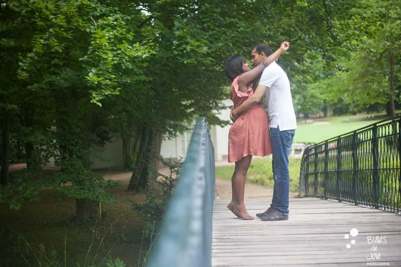 Seance photo grossesse au Parc Caillebotte à Yerres, Photographe Yerres et Montgeron en Essonne et Ile-de-France