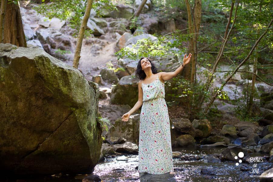 Portrait de femme forêt