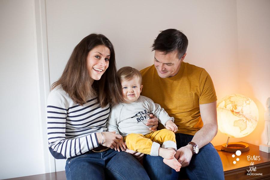 Séance photo en famille en intérieur Paris - Bulles de Joie Photographe Paris & Yvelines