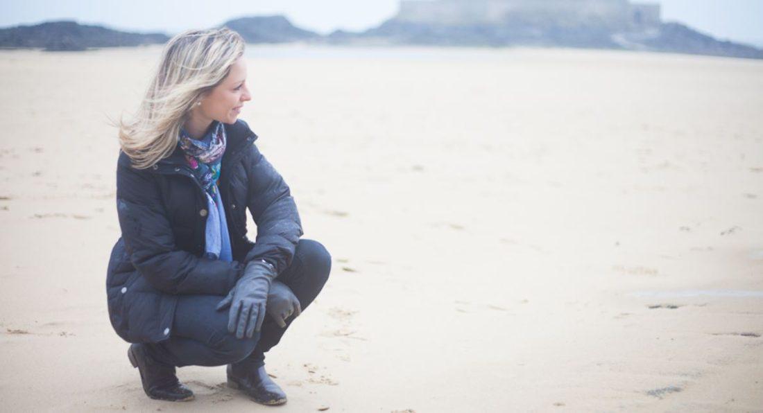 Séance photos sur la plage en Bretagne. Par Bulles de Joie Photographie.