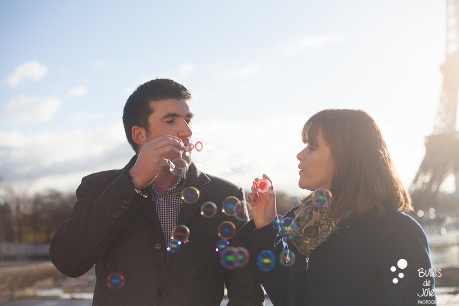 Valentine's Day photo session of two lovers at the Eiffel Tower, Paris   Bulles de Joie Photographer, Paris photographer of Happy People and Travelers