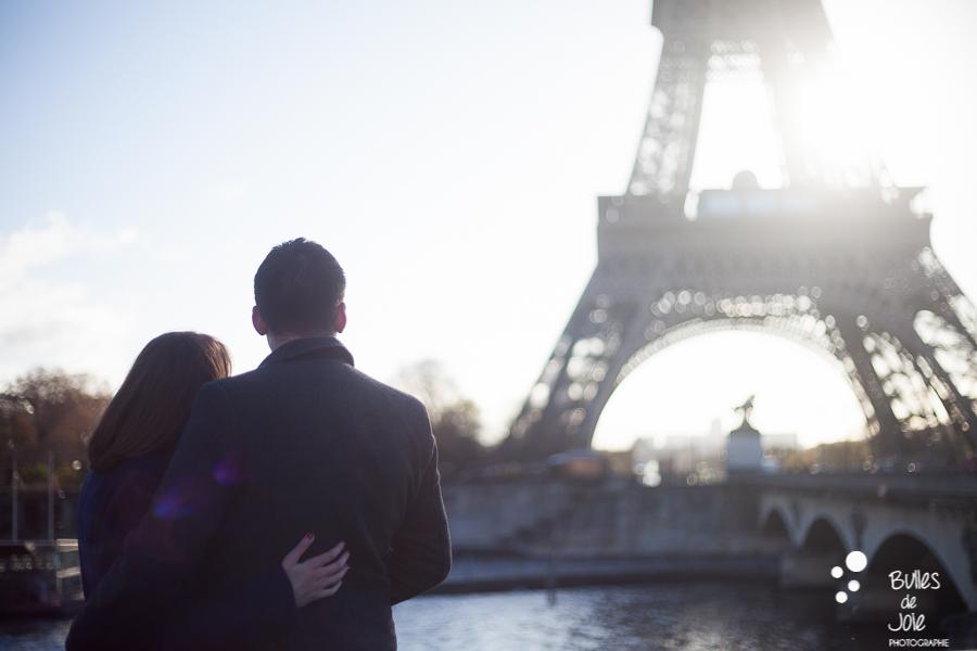 Romantic photo session of two lovers at the Eiffel Tower, Paris   Bulles de Joie Photographer, Paris photographer