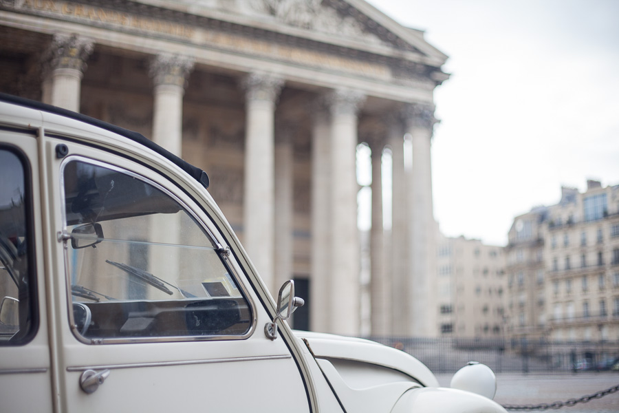 Paris proposal spots: proposal Paris vintage car   Bulles de Joie