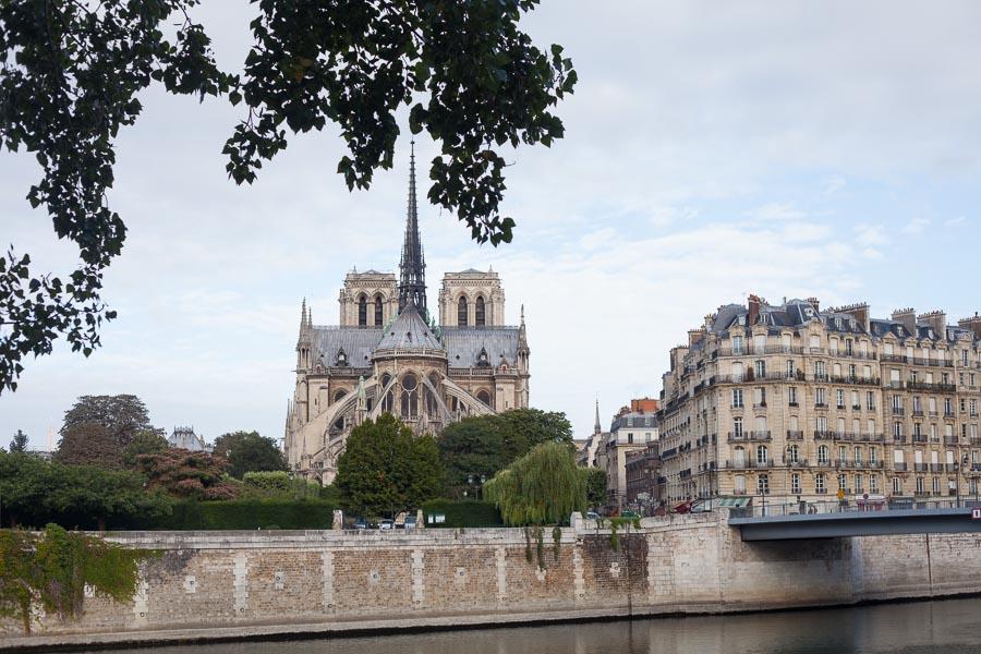 Elopement wedding photographs paris | Notre-Dame