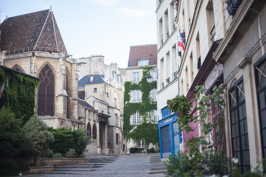 Elopement wedding photographs paris | Rue des Barres