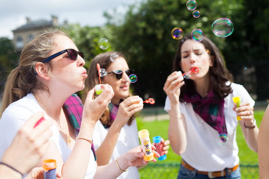 Shhoting EVJF : rien de tel que des bulles de savon pour retourner en enfance !