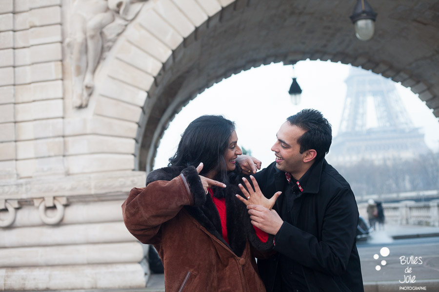 Paris Wedding photographer | Engagement photographer Paris | See more at: https://www.bullesdejoie.net/2017/01/09/surprise-proposal-bir-hakeim-paris-eiffel-tower/