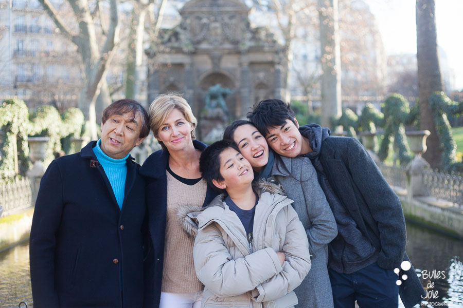 Paris family photo session at the Luxembourg Gardens. Family professionnal photographer Bulles de Joie. See more at: