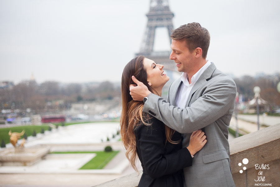 Lovers looking at each other, with the Eiffel Tower in the backgroud. More photos of this love session paris at the following link: