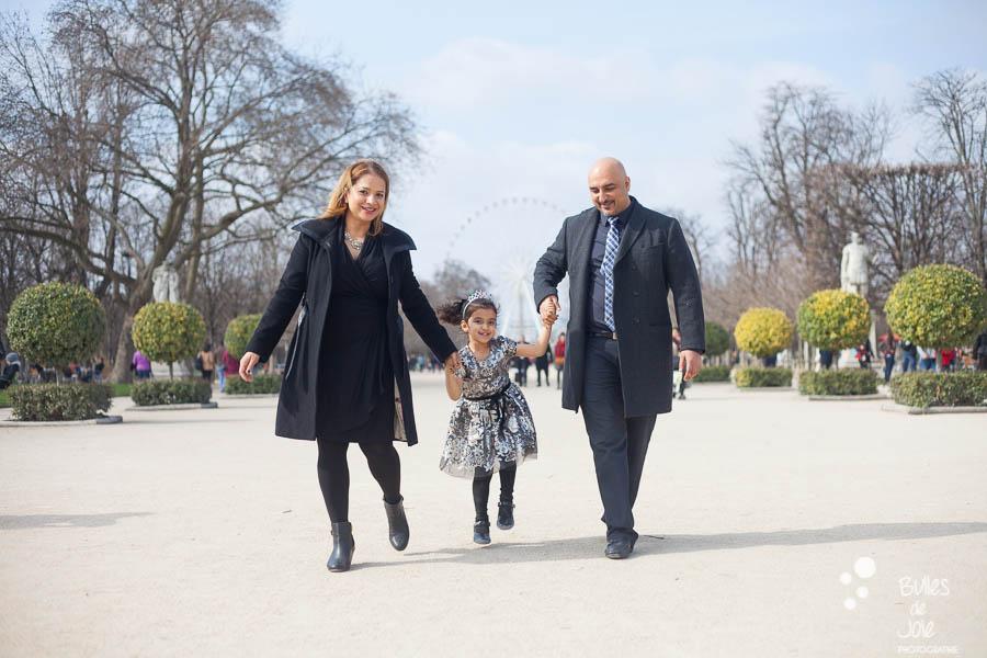 Paris family photoshoot at the Tuileries Garden. More photos: