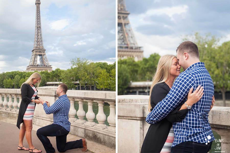 Man kneeling to ask her girldfriend to marry him - surprise proposal captured by Bulles de Joie, photographer in Paris