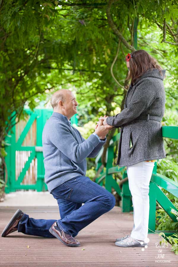Proposal & engagement photo session in Giverny - the proposal captured by Bulles de Joie, Paris Engagement Photographer