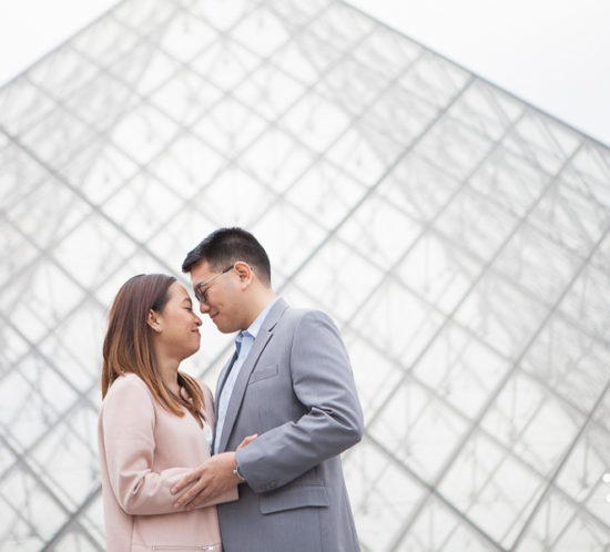 Paris engagement photo session at Trocadero and the Louvre - by Bulles de Joie, Paris engagement photographer