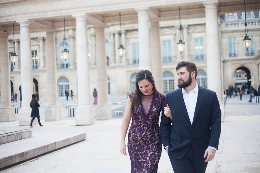 Romantic photoshoot of an American couple walking in the parisian streets