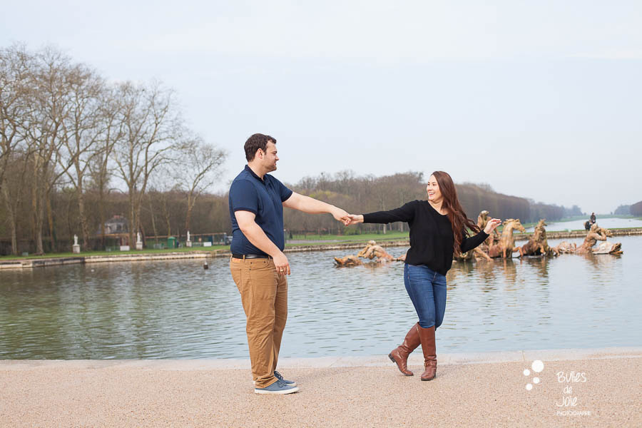 Engagement photo session Versailles Gardens
