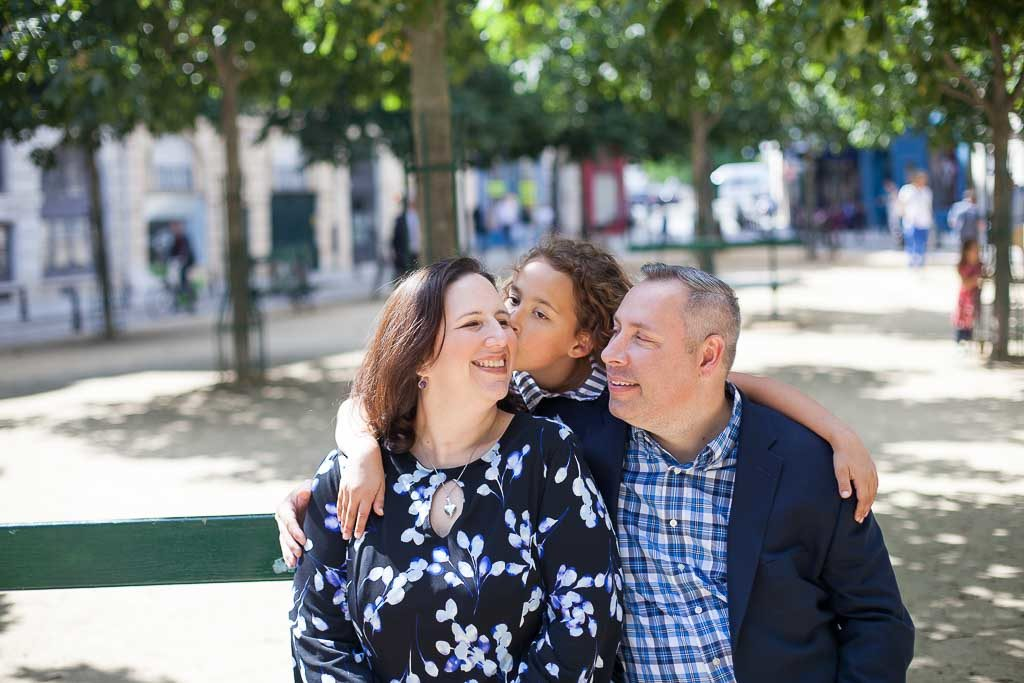 Paris family photoshoot taking place at place Dauphine