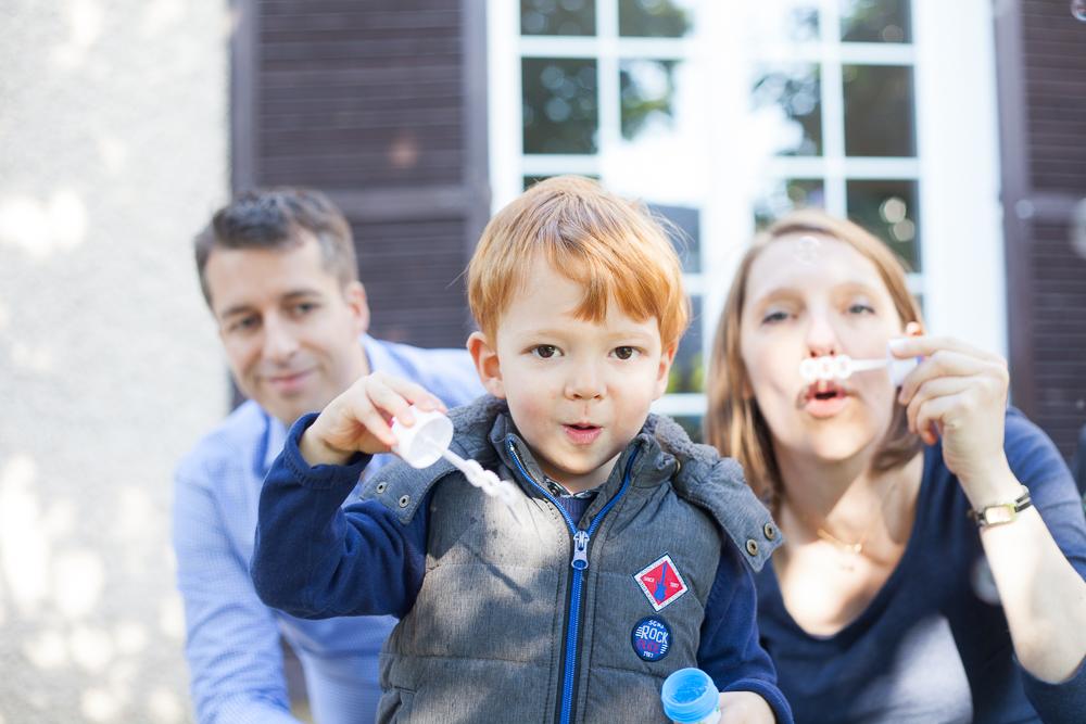 Séance photos famille à domicile à Conflans / Yvelines