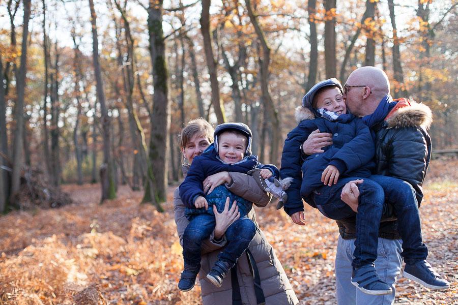Séance photos en famille en forêt Yvelines