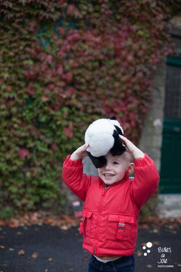 Photographe enfant avec son doudou Conflans Ste Honorine