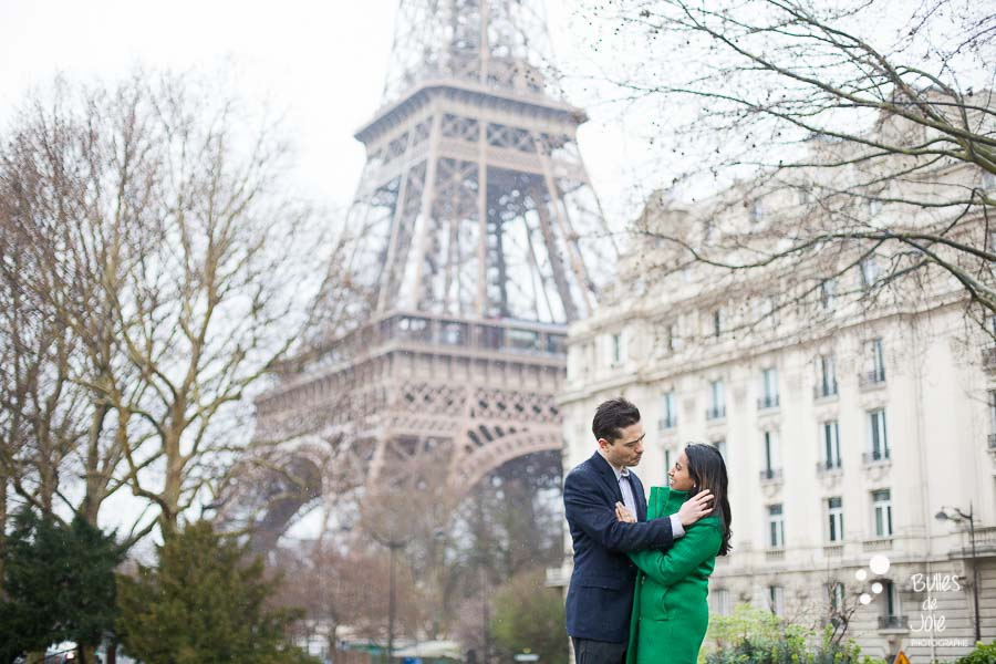Paris love photo session, captured by Bulles de Joie, photographer of Happy People