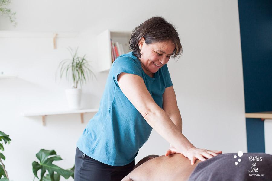 Shooting professionnel pour thérapeute - masseuse