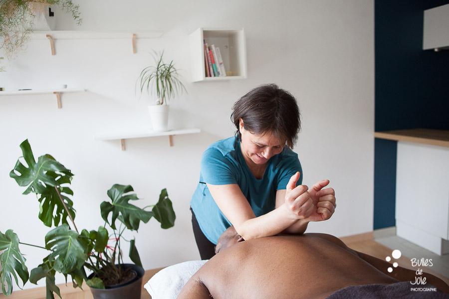 Masseuse professionnelle Paris - shooting professionel pour thérapeute