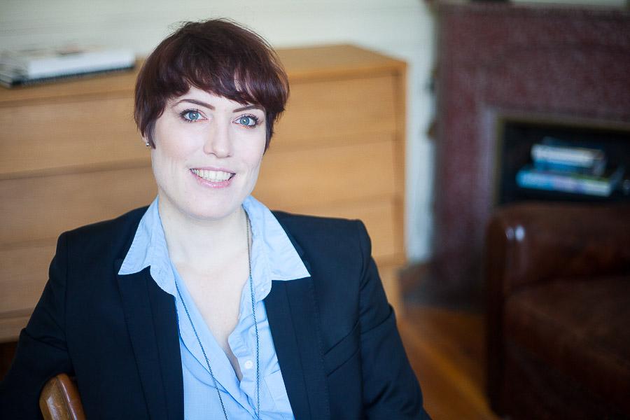 Portrait professionnel de femme architecte