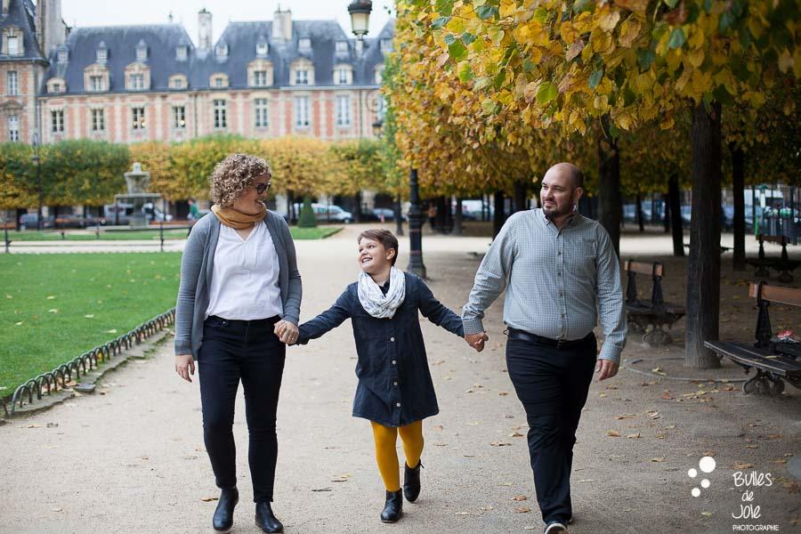 Photographe Paris Le Marais - séance photo famille en automne