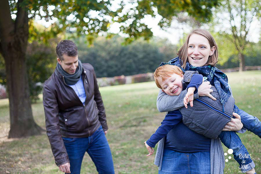 Shooting photo grossesse et famille Yvelines - Bulles de Joie Photographe grossesse Paris Yvelines IDF