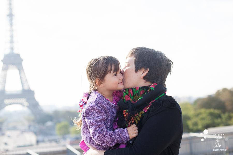 Paris family photoshoot with mum and daughter - Paris English-spoken family photographer